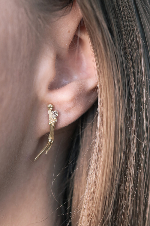 18ct gold Juniper twig earrings