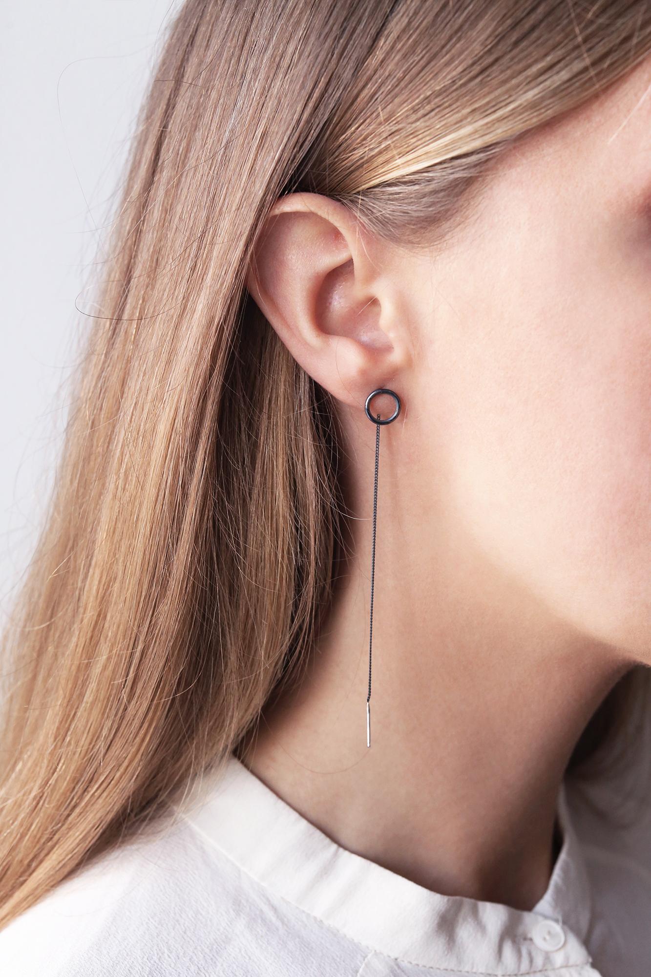 dovile b. threaded oxidized silver circle earrings