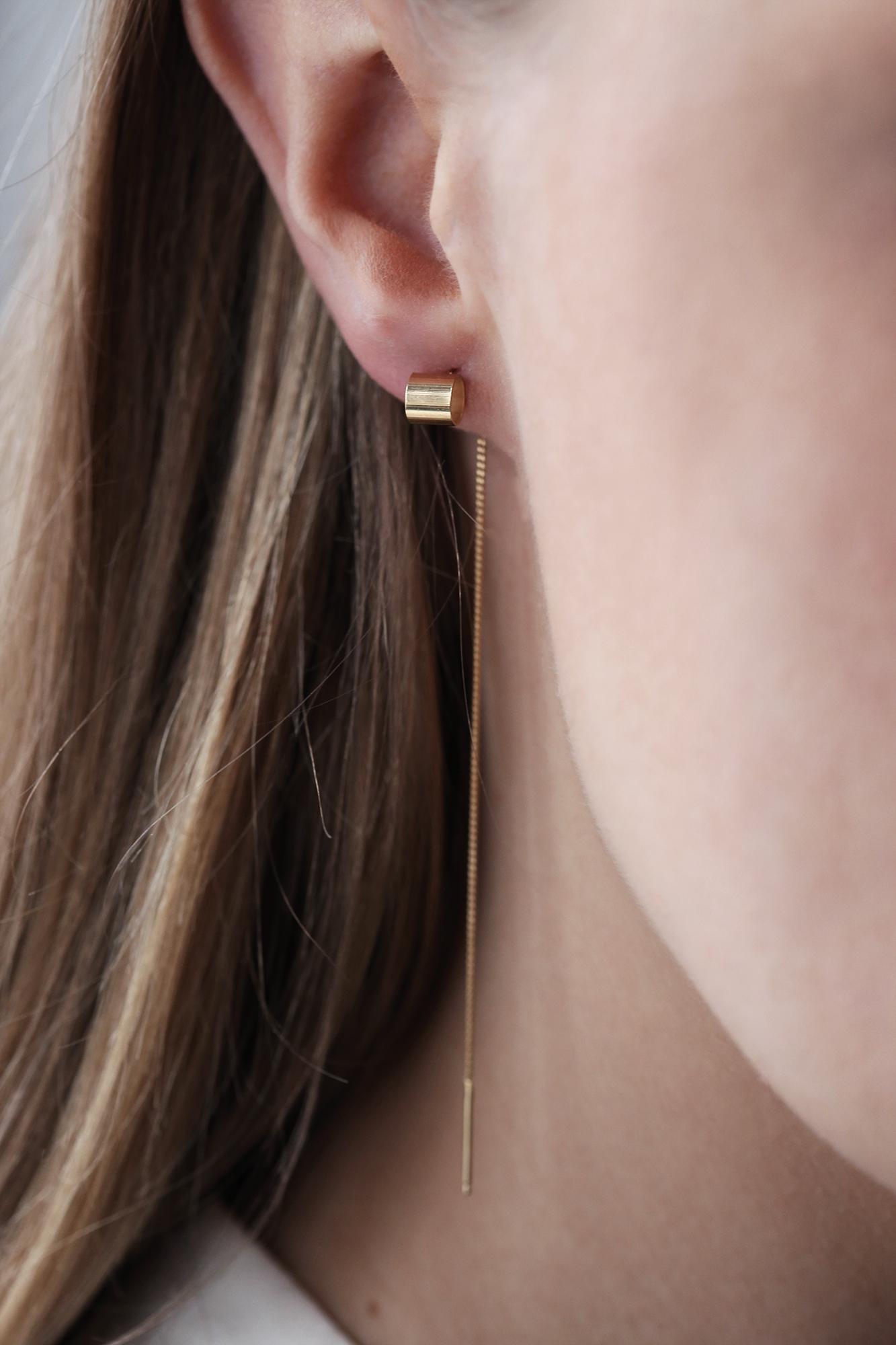 dovile b. threaded gold tube bar earrings