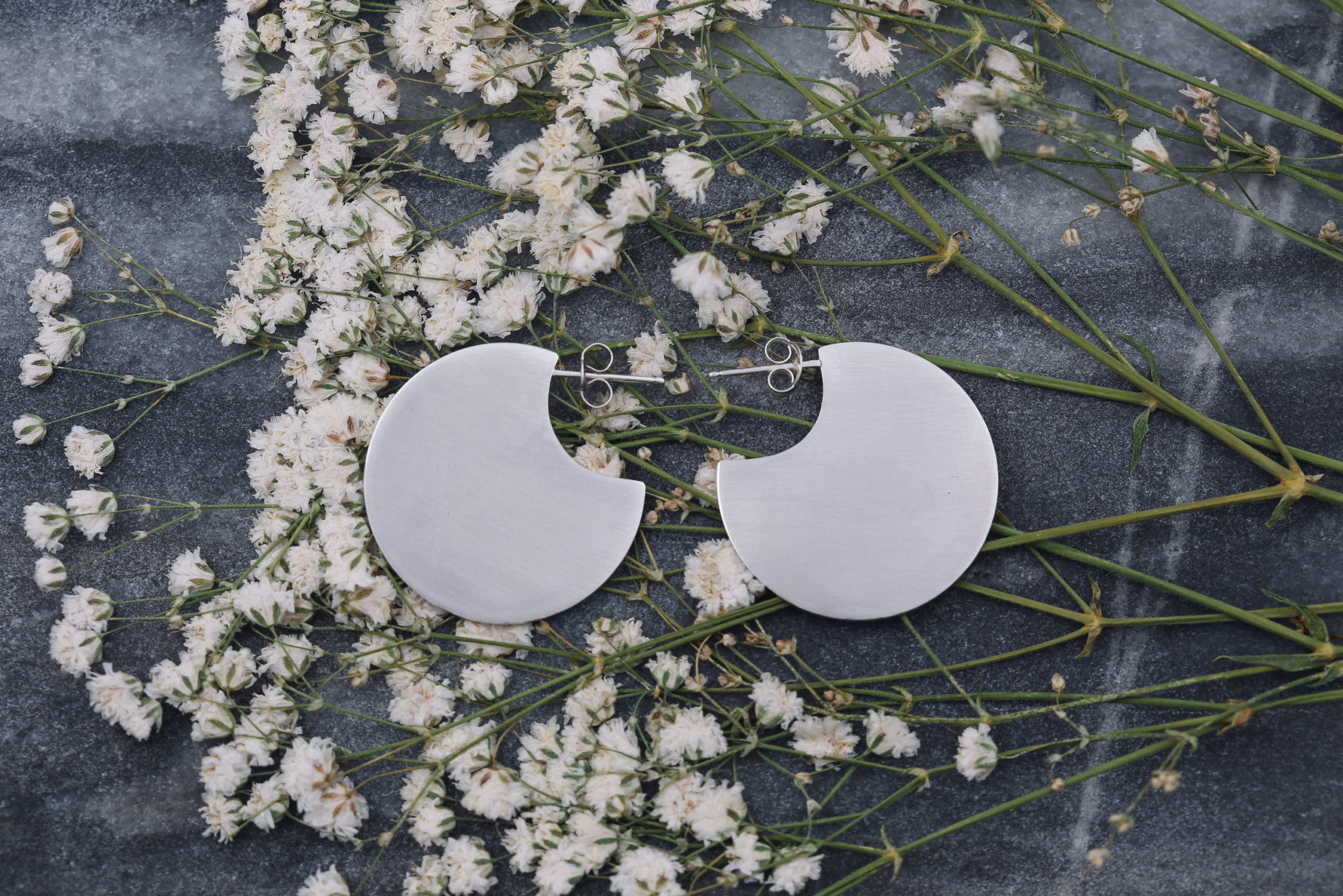 brushed silver disc earrings