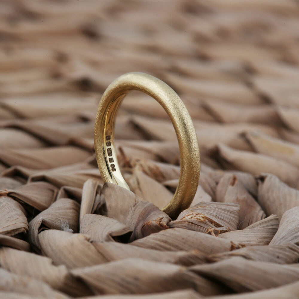 dovile b gold wedding band 18ct gold