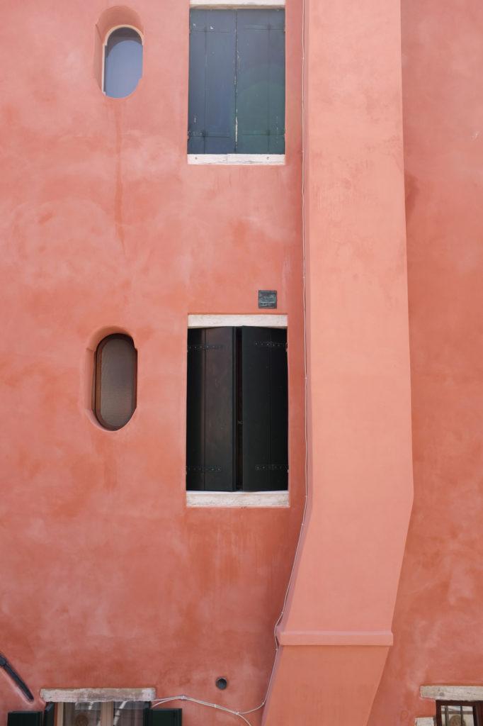 dovile b. venice colours inspiration